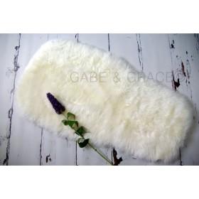 Bugaboo Style Pearly White Luxury Lambskin Pram Liner (Midi Wool Pile).
