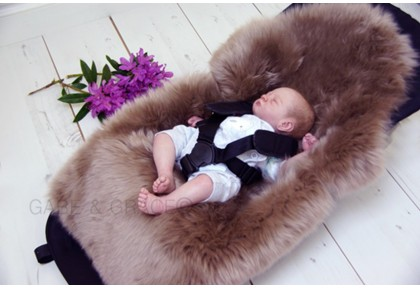 """Rugaboo"" Luxury Mink Lambskin Pram Liner (Midi Wool). For BUGABOO prams."