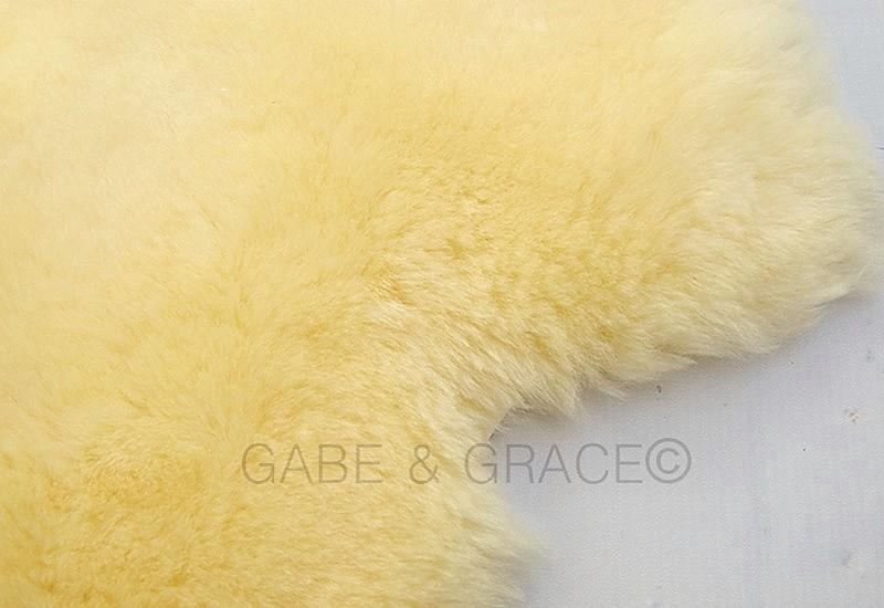Biscotto Luxury Lambskin Baby Rug (70+cm)